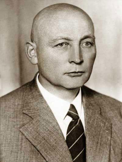 Gründung durch Bernhard Schnettler